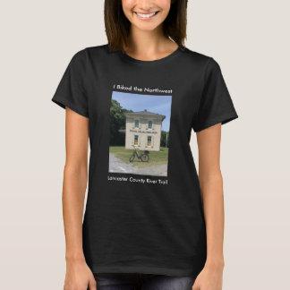 La camiseta del noroeste de las mujeres negras del
