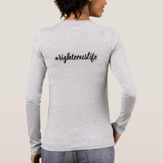 ¡La camiseta larga de la manga habla para usted!
