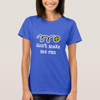 La camiseta linda del tenis para las mujeres el |