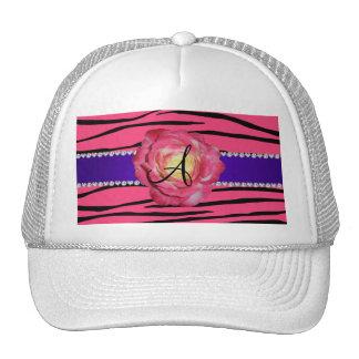 La cebra rosada del monograma raya color de rosa gorras de camionero