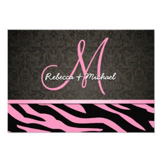 La cebra rosada y negra de Bubblegum raya las tarj Invitacion Personalizada