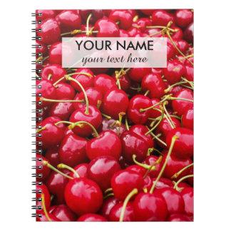 la cereza roja linda deliciosa da fruto fotografía cuaderno