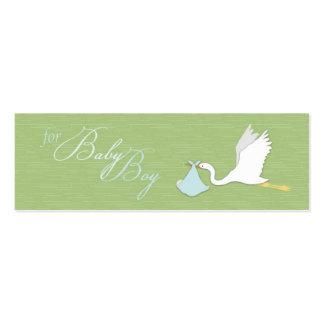La cigüeña entrega la etiqueta flaca del regalo de tarjeta de visita