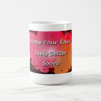 La cirugía de la rodilla consigue pronto corazones taza de café