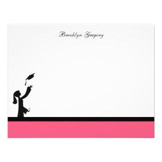 La clase de graduación rosada de la silueta 2012 l invitacion personal