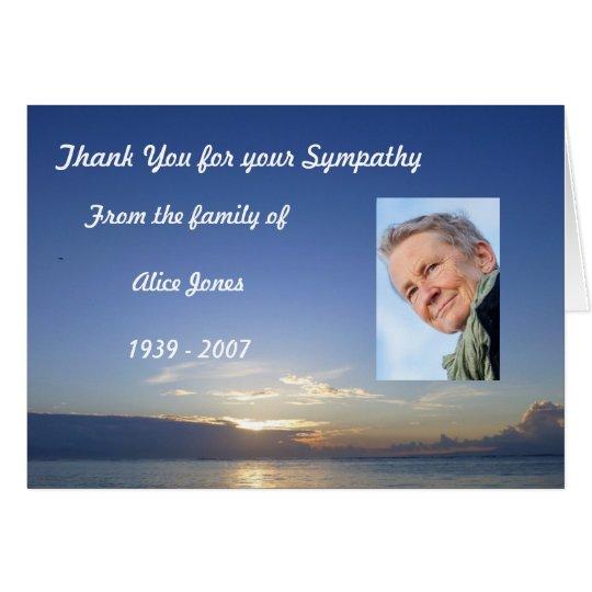 La condolencia de encargo le agradece cardar tarjeta de felicitación