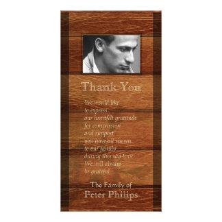 La condolencia de madera rústica del marco le tarjetas fotograficas personalizadas