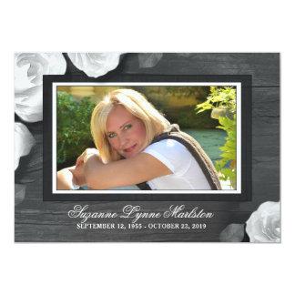 La condolencia negra de madera rústica de los invitación 12,7 x 17,8 cm