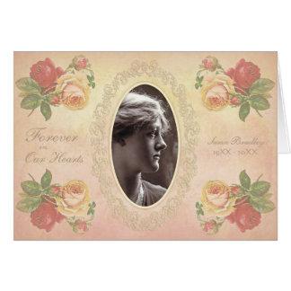 La condolencia oval subió vintage del marco de la tarjeta pequeña