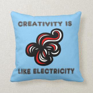 """La """"creatividad es como almohada de tiro de la"""