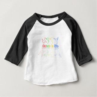 La danza es vida camiseta de bebé