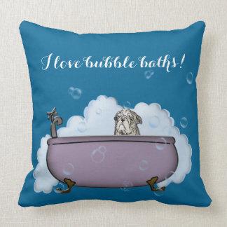 la decoración divertida del cuarto de baño del cojín