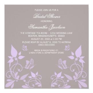 La ducha nupcial floral de la mariposa de la lila invitación 13,3 cm x 13,3cm