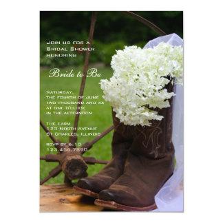La ducha nupcial rústica de las botas de vaquero invitación 12,7 x 17,8 cm