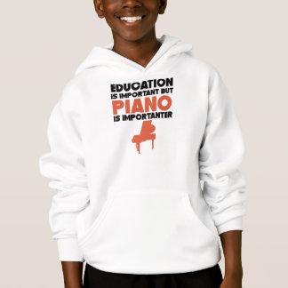 La educación es importante pero el piano es