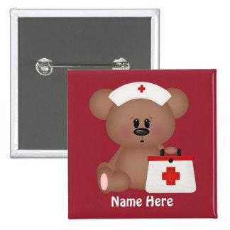 La enfermera del dibujo animado añade el botón