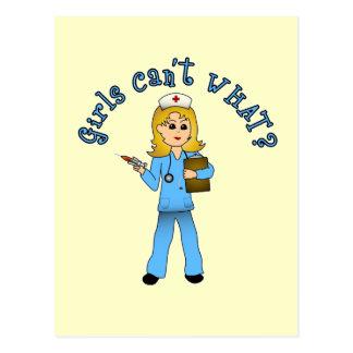 La enfermera en azul friega (el Blonde) Postal