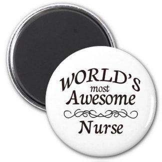 La enfermera más impresionante del mundo imán redondo 5 cm