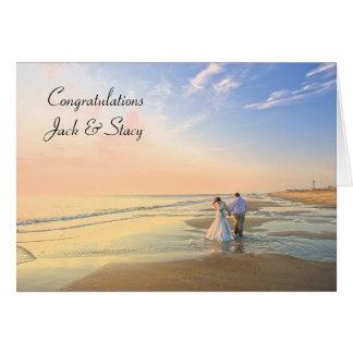 La enhorabuena personalizó la invitación de boda