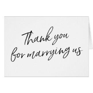 """La escritura elegante """"le agradece por casarnos """" tarjeta de felicitación"""