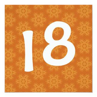 La estrella anaranjada brillante de la fiesta de invitación 13,3 cm x 13,3cm