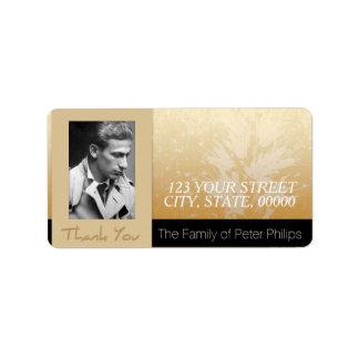 La familia de oro de la foto del marco del etiquetas de dirección