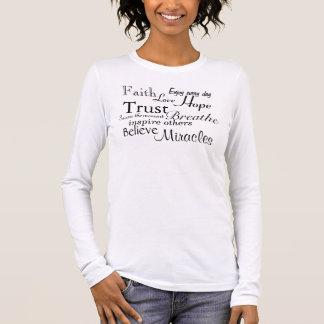 La fe, amor, esperanza, confianza, cree, los camiseta de manga larga