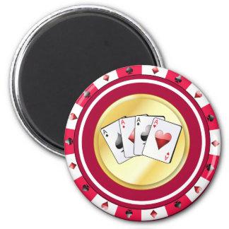 La ficha de póker roja con el patio Aces el imán