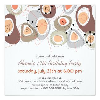 La fiesta de cumpleaños adolescente adulta de los comunicados