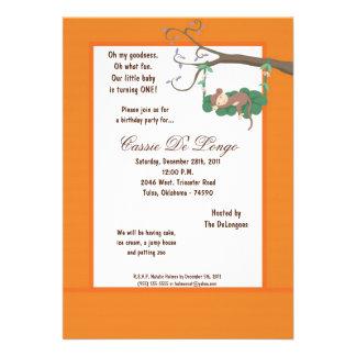 la fiesta de cumpleaños anaranjada del mono 5x7 in comunicados personalizados