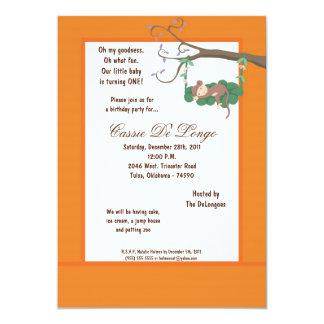la fiesta de cumpleaños anaranjada del mono 5x7 comunicados personalizados
