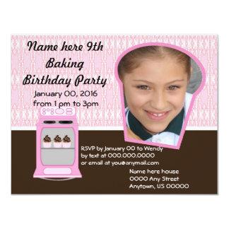La fiesta de cumpleaños de la hornada del cocinero invitación 10,8 x 13,9 cm