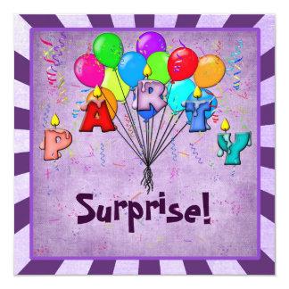 La fiesta de cumpleaños de la sorpresa invita invitación 13,3 cm x 13,3cm