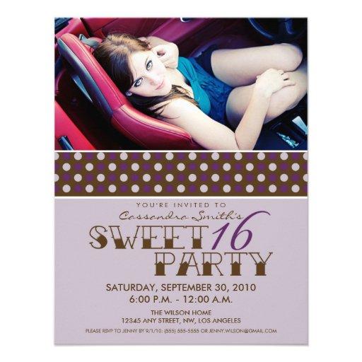 La fiesta de cumpleaños del dulce 16 de PolkaDot i Invitaciones Personalizada