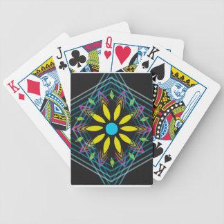 La flor amarilla se descoloró los diamantes azules baraja de cartas bicycle