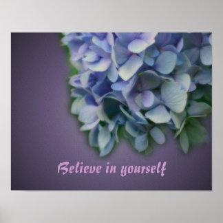 La flor del Hydrangea cree el poster inspirado