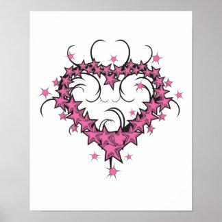 la forma del corazón protagoniza diseño del tatuaj posters