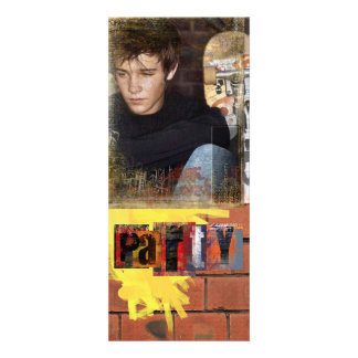 la foto adolescente del muchacho invita invitación personalizada