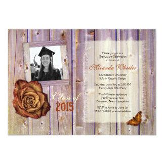 La foto color de rosa rústica del graduado del invitación 12,7 x 17,8 cm