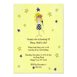 La foto de la estrella del rock impone al chica invitación 12,7 x 17,8 cm