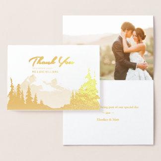 La foto del boda de la montaña del efecto tarjeta con relieve metalizado