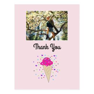La foto del helado le agradece postal