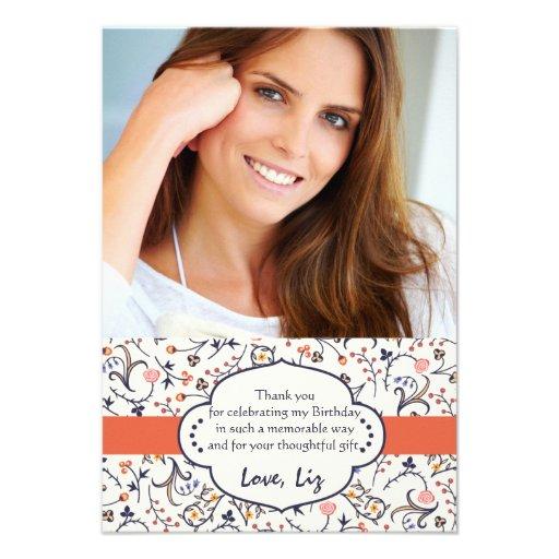 La foto floral del Flourish le agradece las notas Invitación Personalizada