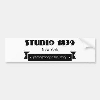 La fotografía 1839 del estudio es la historia pegatina para coche