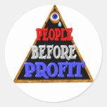 La gente antes de beneficios ocupa la protesta de  etiquetas