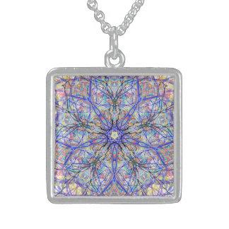 """La geometría sagrada """"anima"""" en marzo collar de plata de ley"""