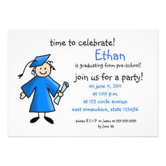 La graduación del preescolar invita--muchacho, azu