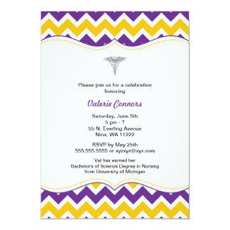 La graduación púrpura de la enfermera de Chevron Invitación 12,7 X 17,8 Cm