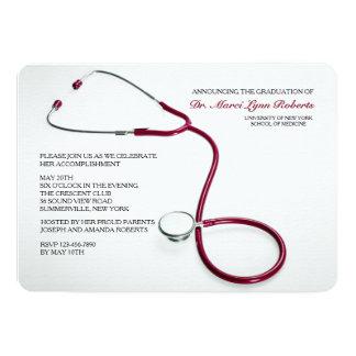 La graduación roja de la Facultad de Medicina del Invitación 12,7 X 17,8 Cm