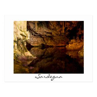 La gruta de Neptuno, postal del blanco de Cerdeña
